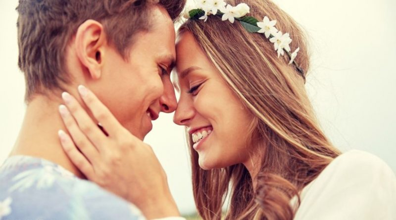 Characteristics of Men Who Really Love Women According to Psychologists